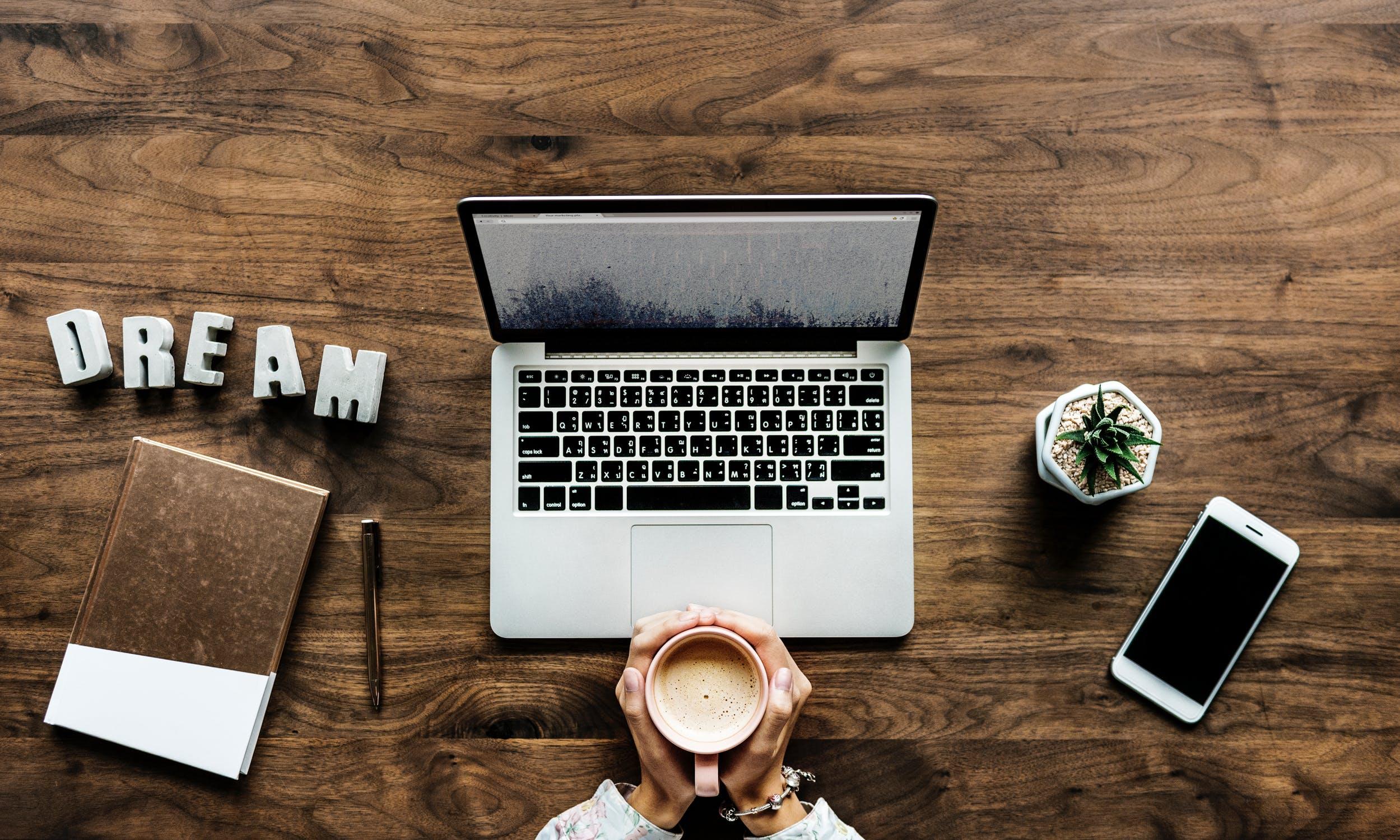 Beneficiile unei forte de munca la distanta